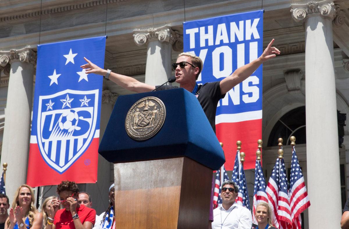 USWNT-parade-NYC-X159775_TK1_025.jpg