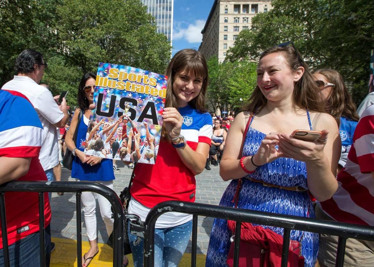 USWNT-parade-NYC-X159775_TK1_004.jpg