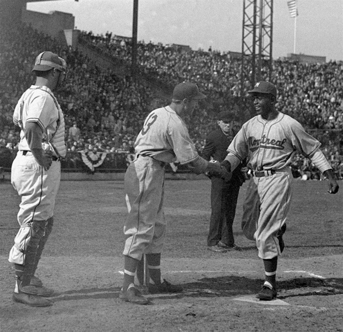1946-0418-Jackie-Robinson-Montreal-Royals-debut.jpg