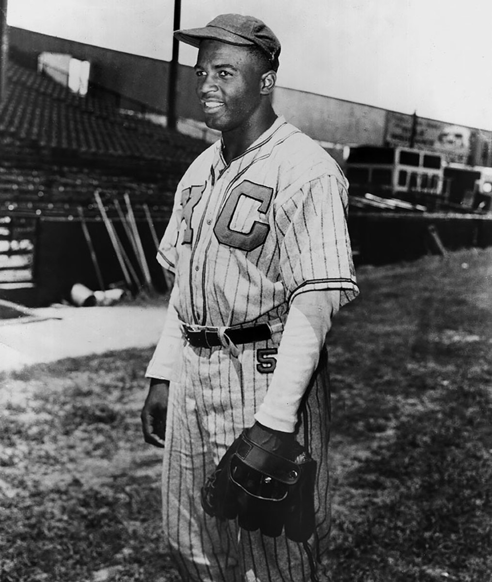 1945-Jackie-Robinson-Kansas-City-Monarchs.jpg