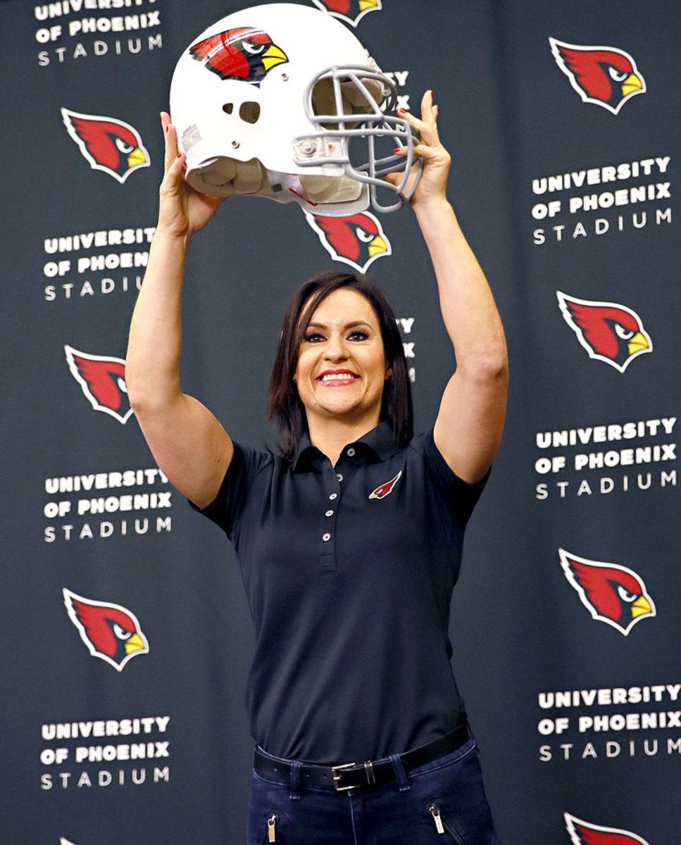 Arizona-Cardinals-Jen-Welter.jpg