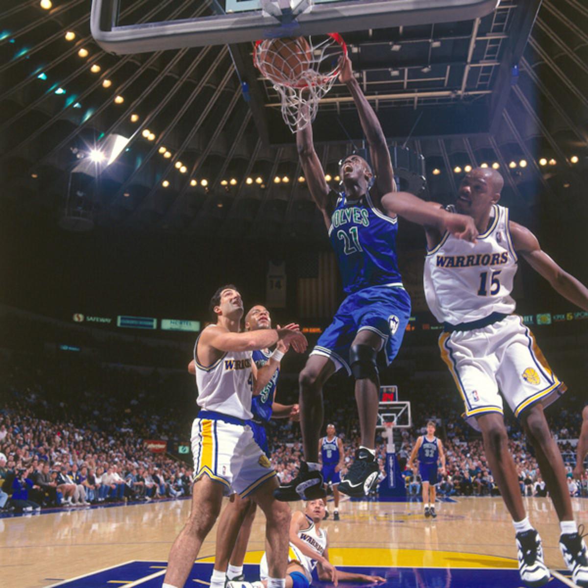 Kevin Garnett (1996) :: Getty Images