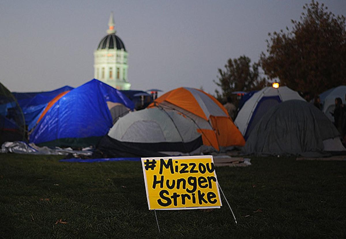 mizzou-hunger-strike-inline.jpg