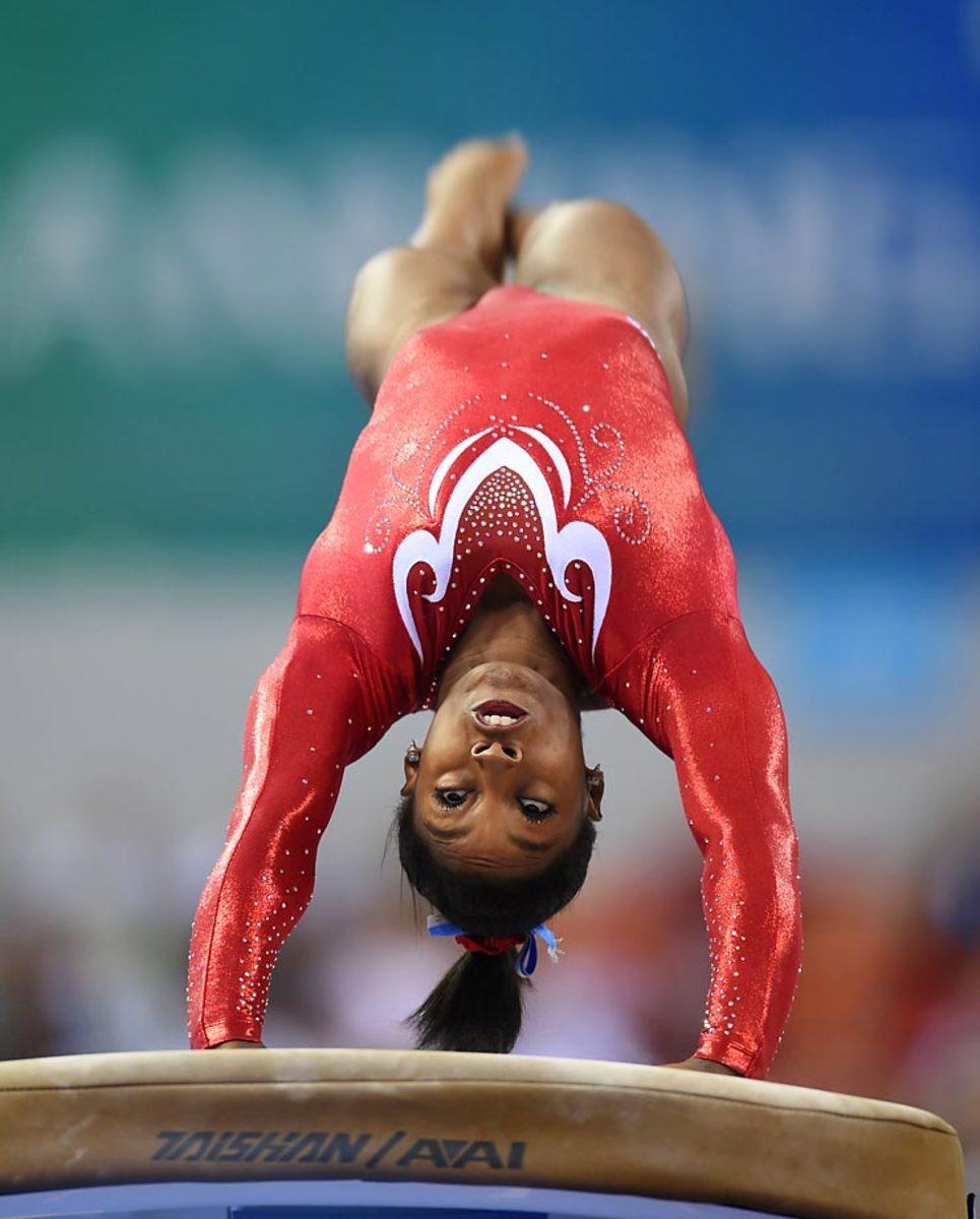 Simone-Biles-Gymnastics_Championships_1.jpg