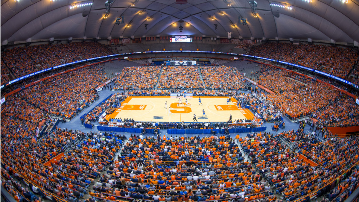 Men S College Basketball Attendance Increases In 2014 15