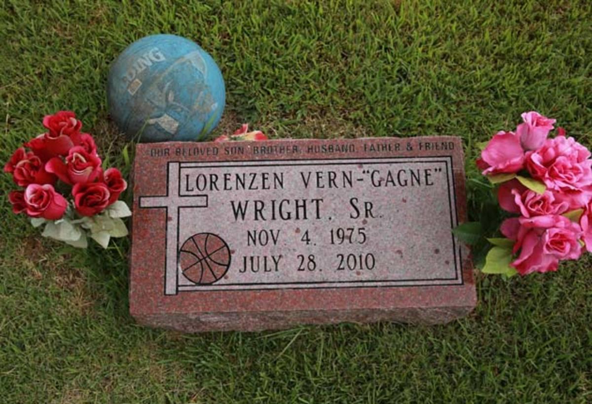 lorenzen-wright-graveyard.jpg