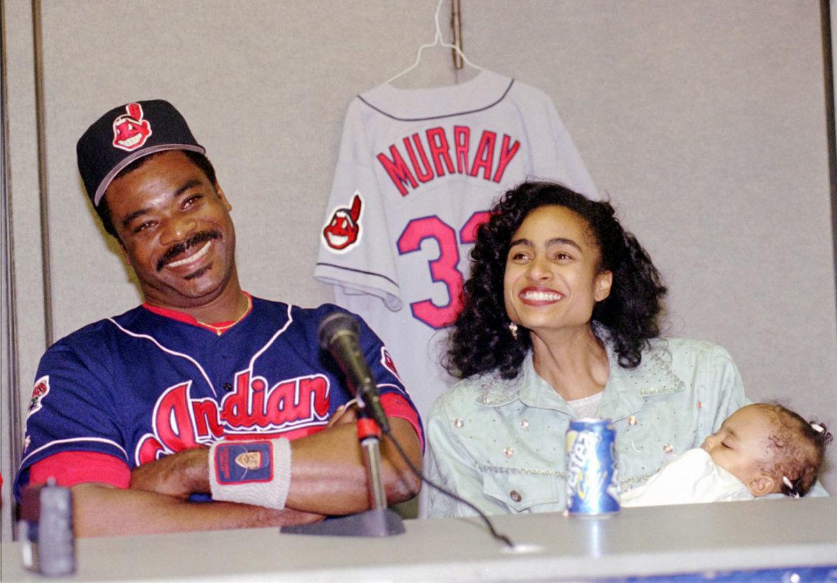 Eddie-Murray-wife-Janice-daughter-Jordan.jpg