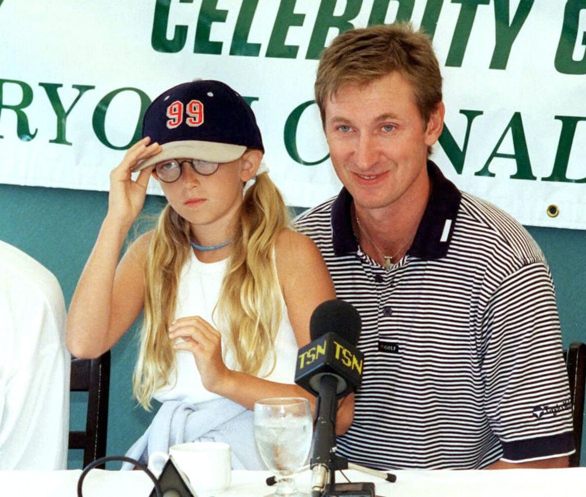 Wayne-Gretzky-daughter-Paulina.jpg