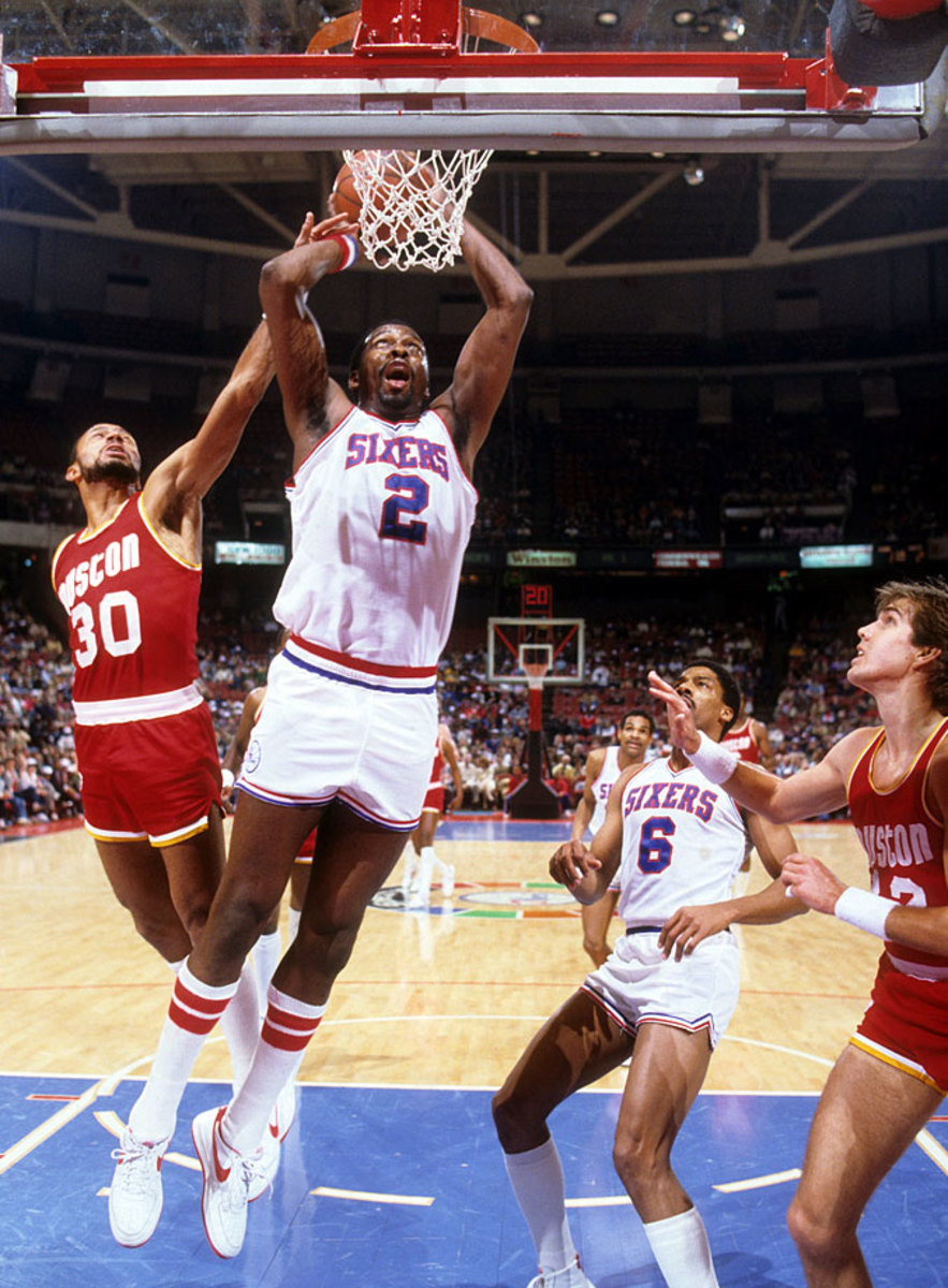 1983-Moses-Malone-Allen-Leavell-080098859.jpg