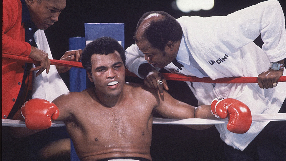 SI on Muhammad Ali's defeat to Larry Holmes in 1980 - Sports ...