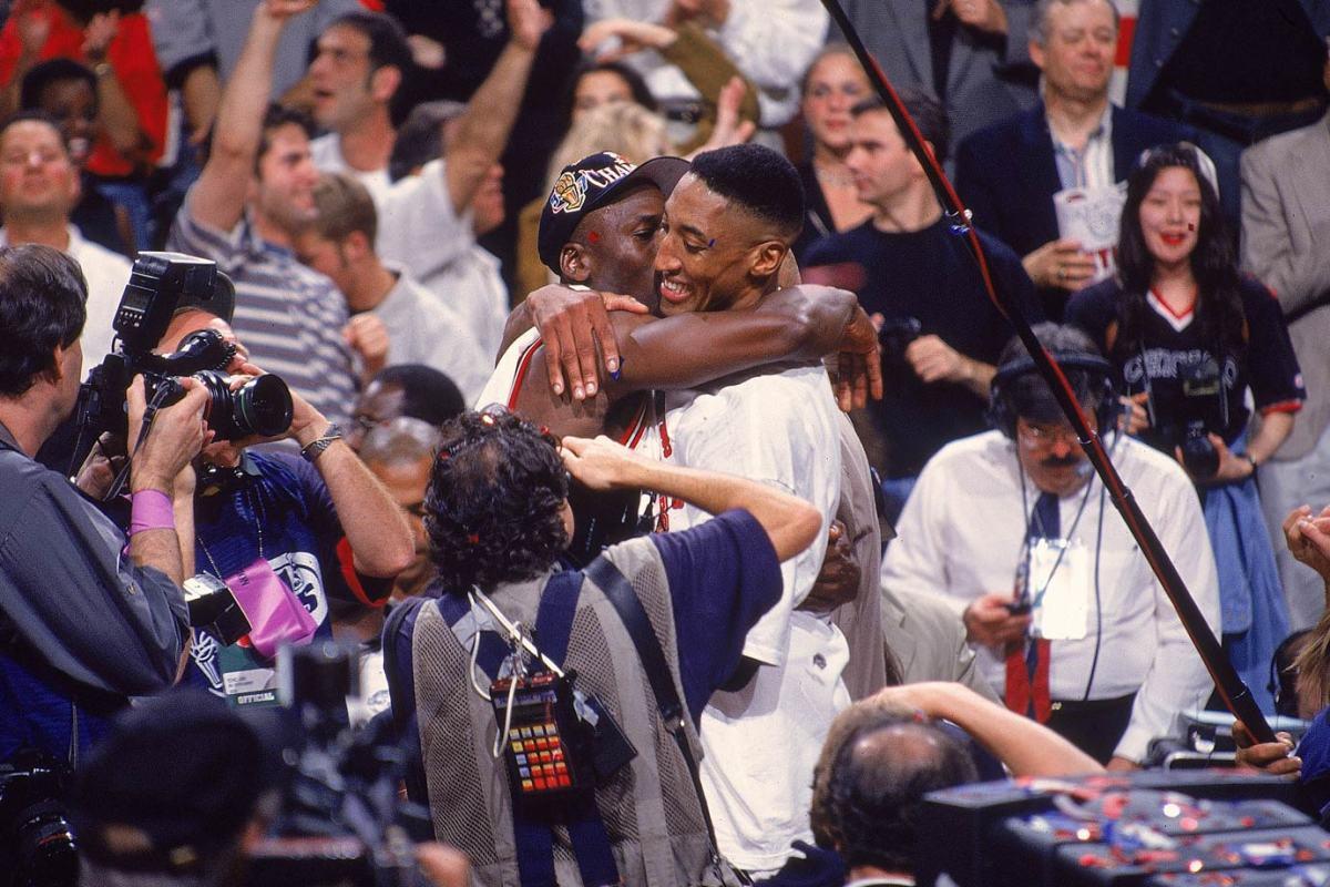 1997-Michael-Jordan-Scottie-Pippen-001304224.jpg