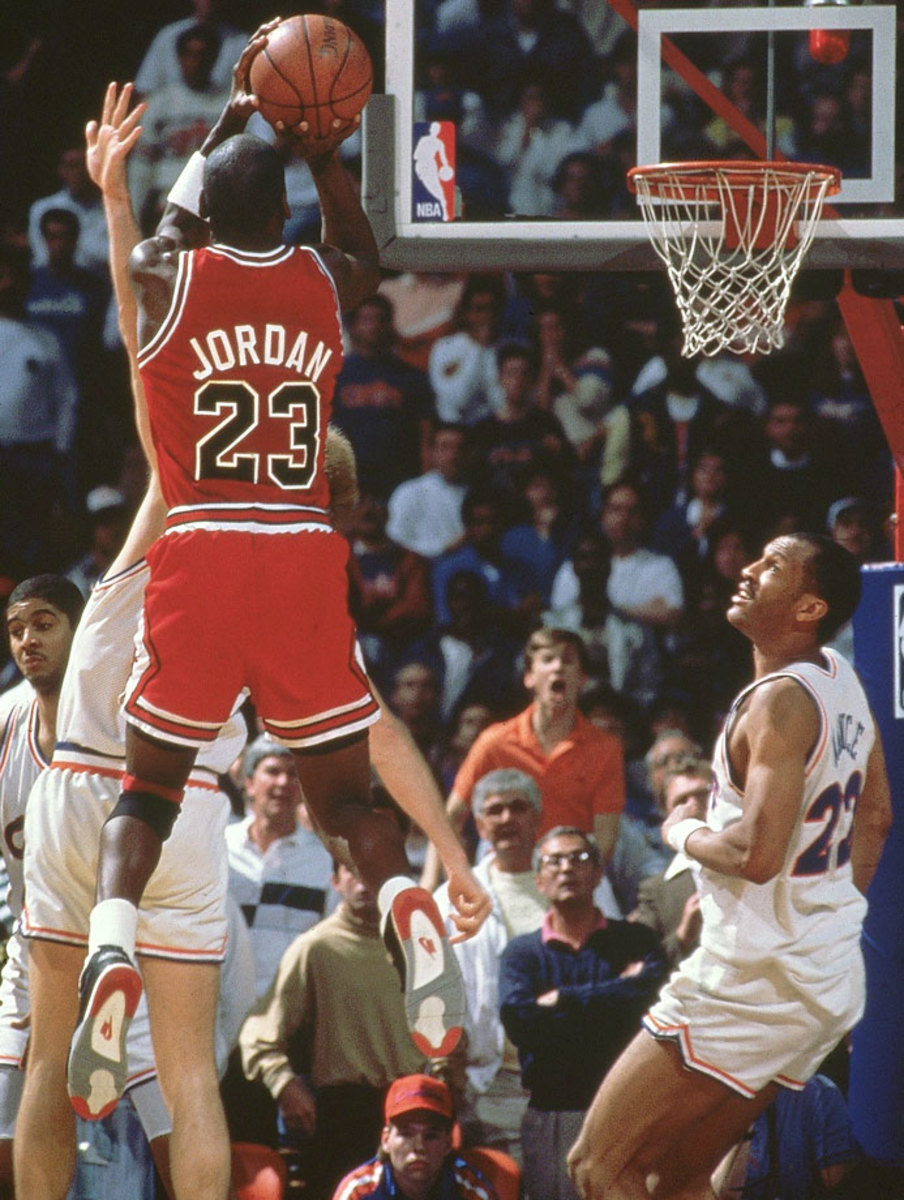 1989-Michael-Jordan-Craig-Ehlo-001261939.jpg