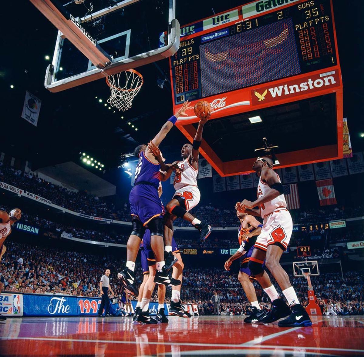 1993-0616-Michael-Jordan-080066196.jpg