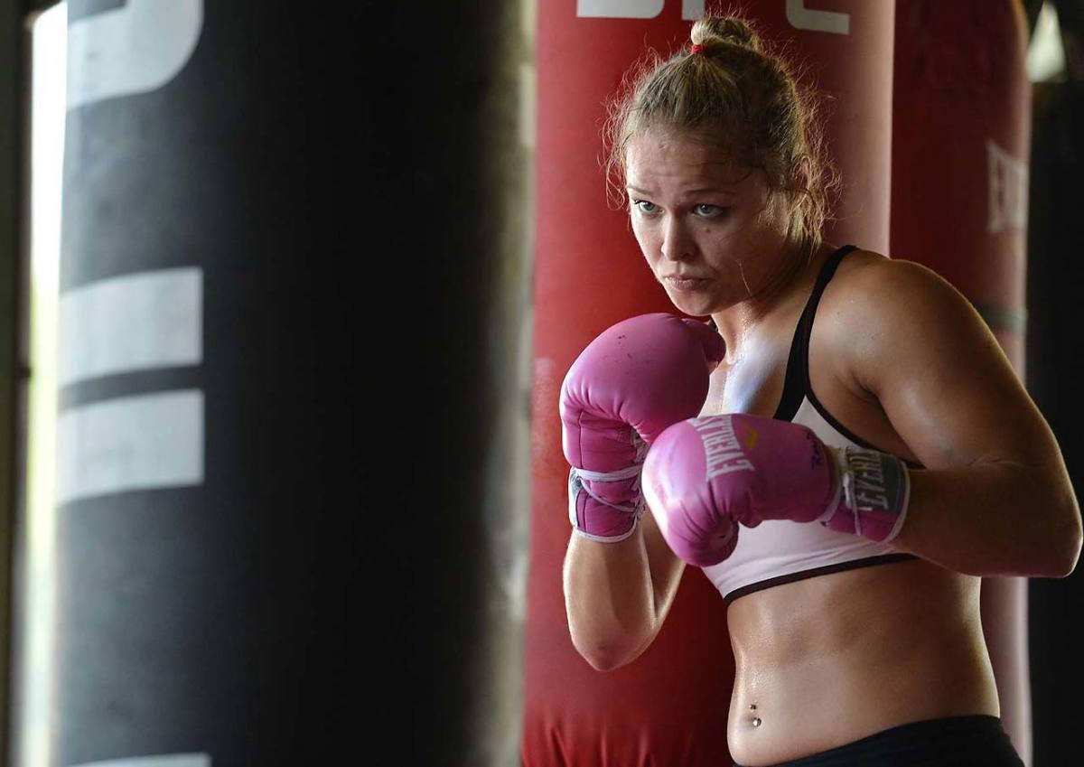 Ronda-Rousey-60.jpg