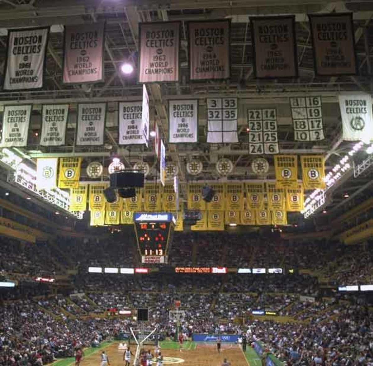 celtics-retired-numbers.jpg