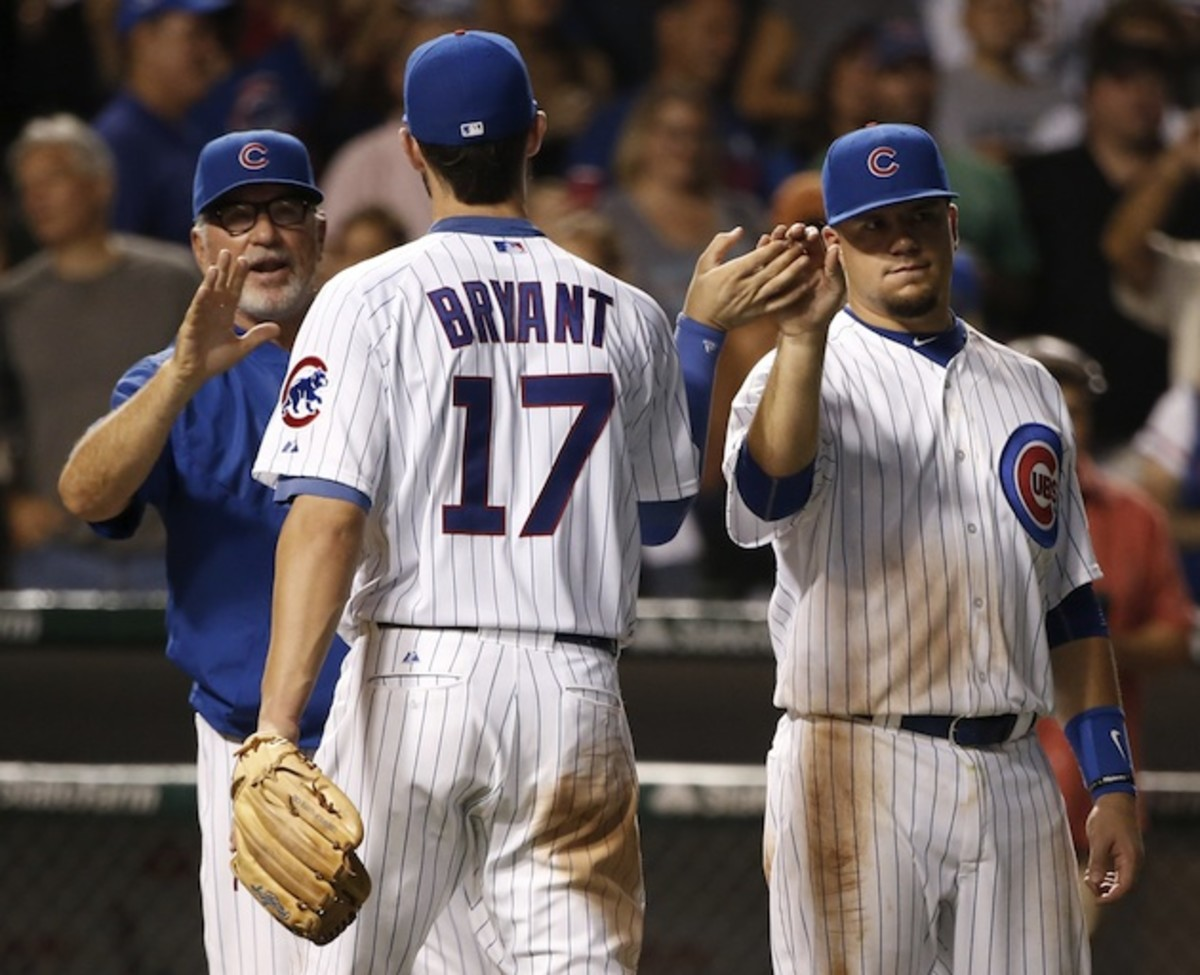 Kris Bryant (l) and Kyle Schwarber (r) have been at the vanguard of the Cubs' resurgence