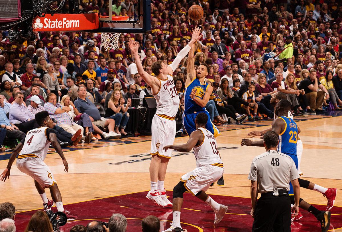 Golden-State-Warriors-win-NBA-title-5.jpg