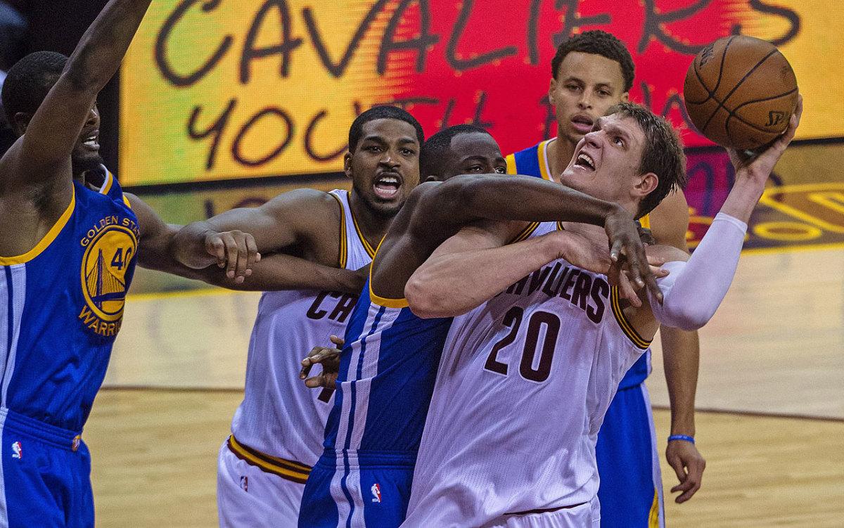 Golden-State-Warriors-win-NBA-title-12.jpg
