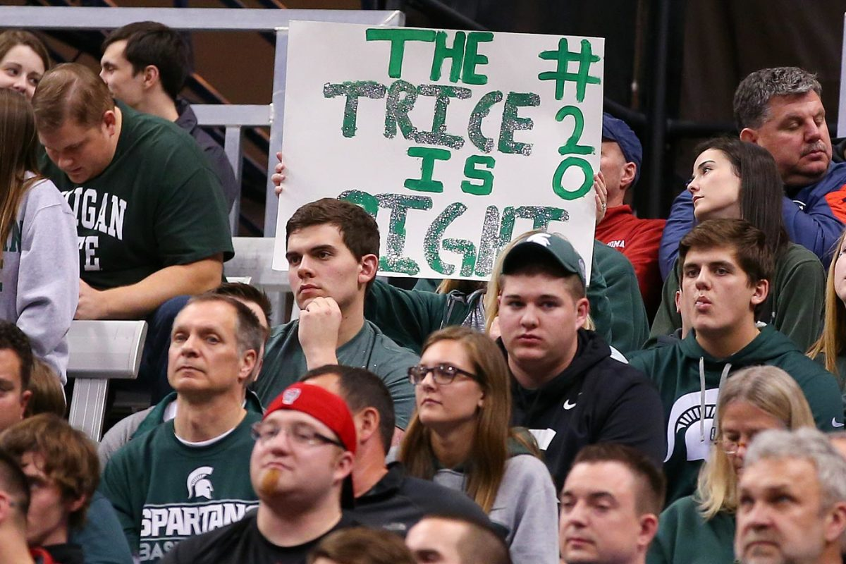 Michigan-State-fans-CGV_032715723_Oklahoma_MichiganState.jpg