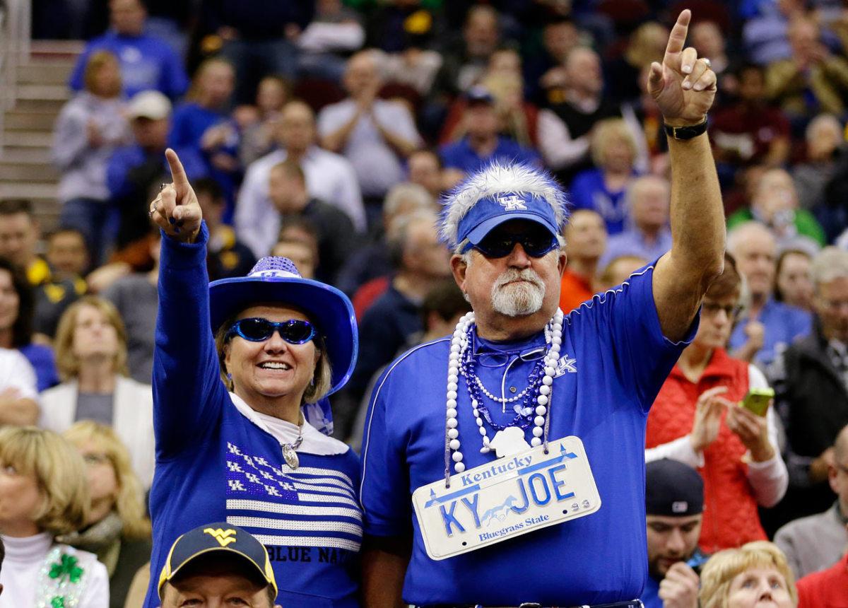 Kentucky-Wildcats-fans-AP460115053863_5.jpg