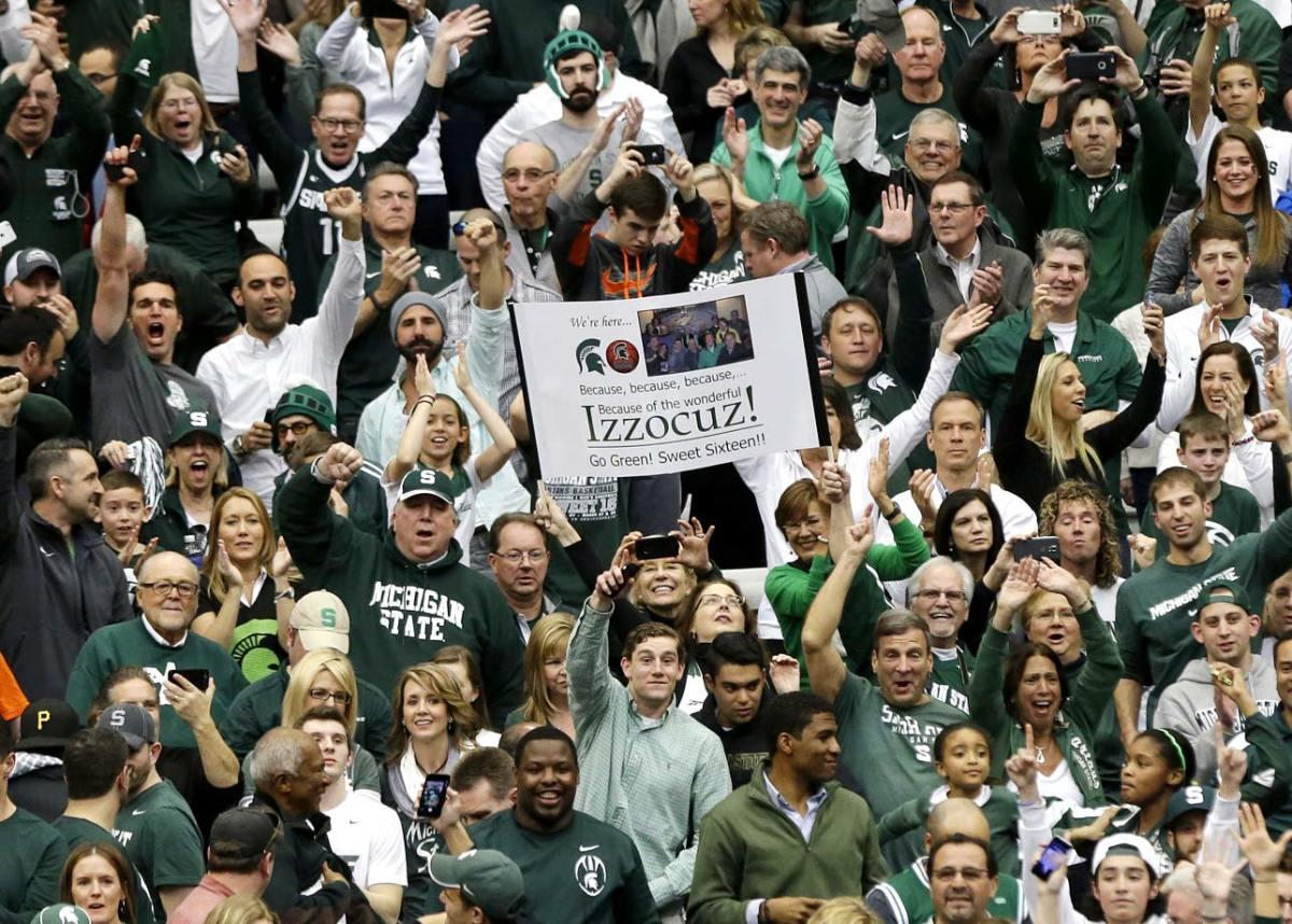 Michigan-State-fans-AP197835378360.jpg