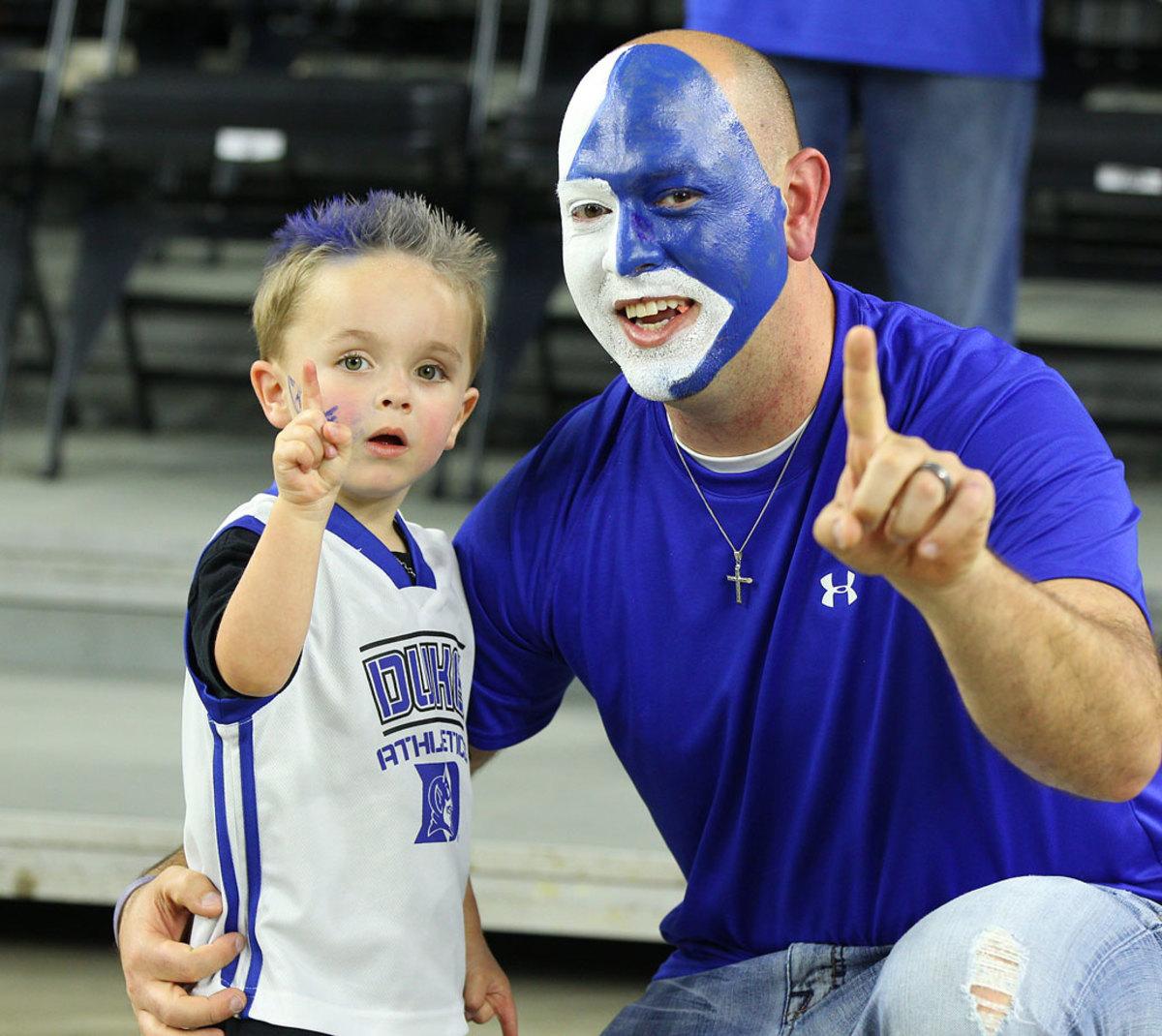 Duke-Blue-Devils-fans-DBA150329_Duke_vs_Gonzaga02.jpg