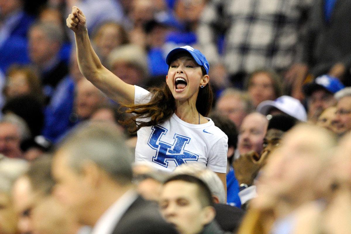 Kentucky-Wildcats-fan-Ashley-Judd-AP825811893023.jpg