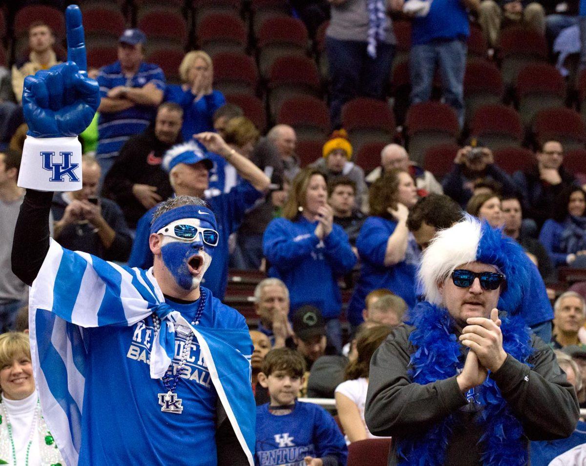 Kentucky-Wildcats-fans-DDZ150328001_NotreDame_at_Kentucky.jpg