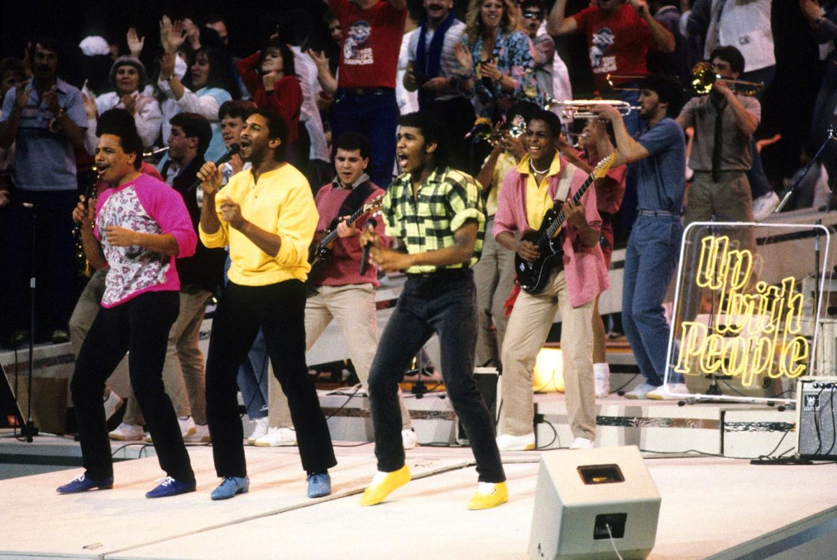 1986-Super-Bowl-XX-Up-With-People.jpg