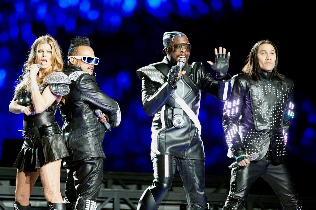 2011-Super-Bowl-XLV-Black-Eyed-Peas-op1e-18637.jpg