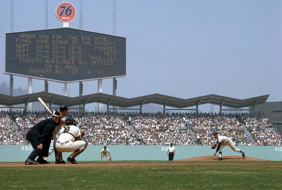 1963-Sandy-Koufax-079008895.jpg