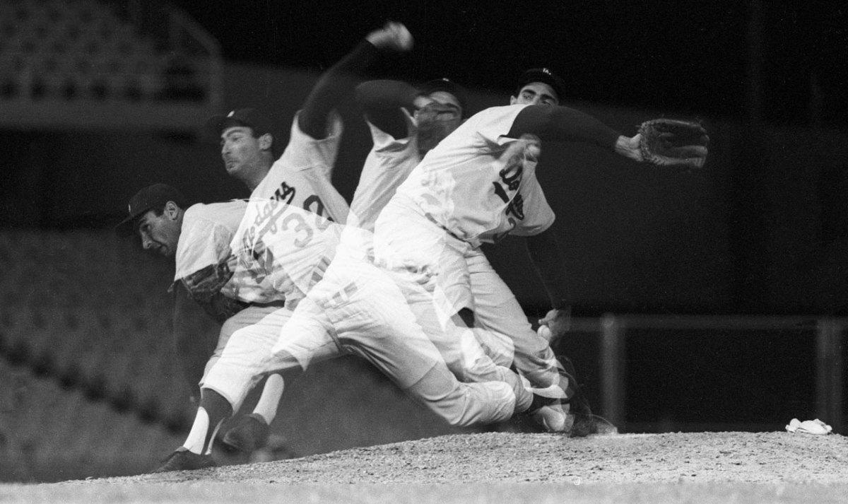 1962-Sandy-Koufax-080101839.jpg