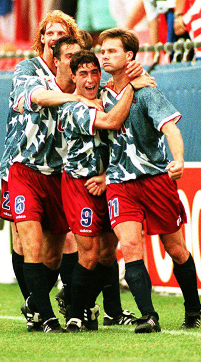 eric-wynalda-switzerland-goal