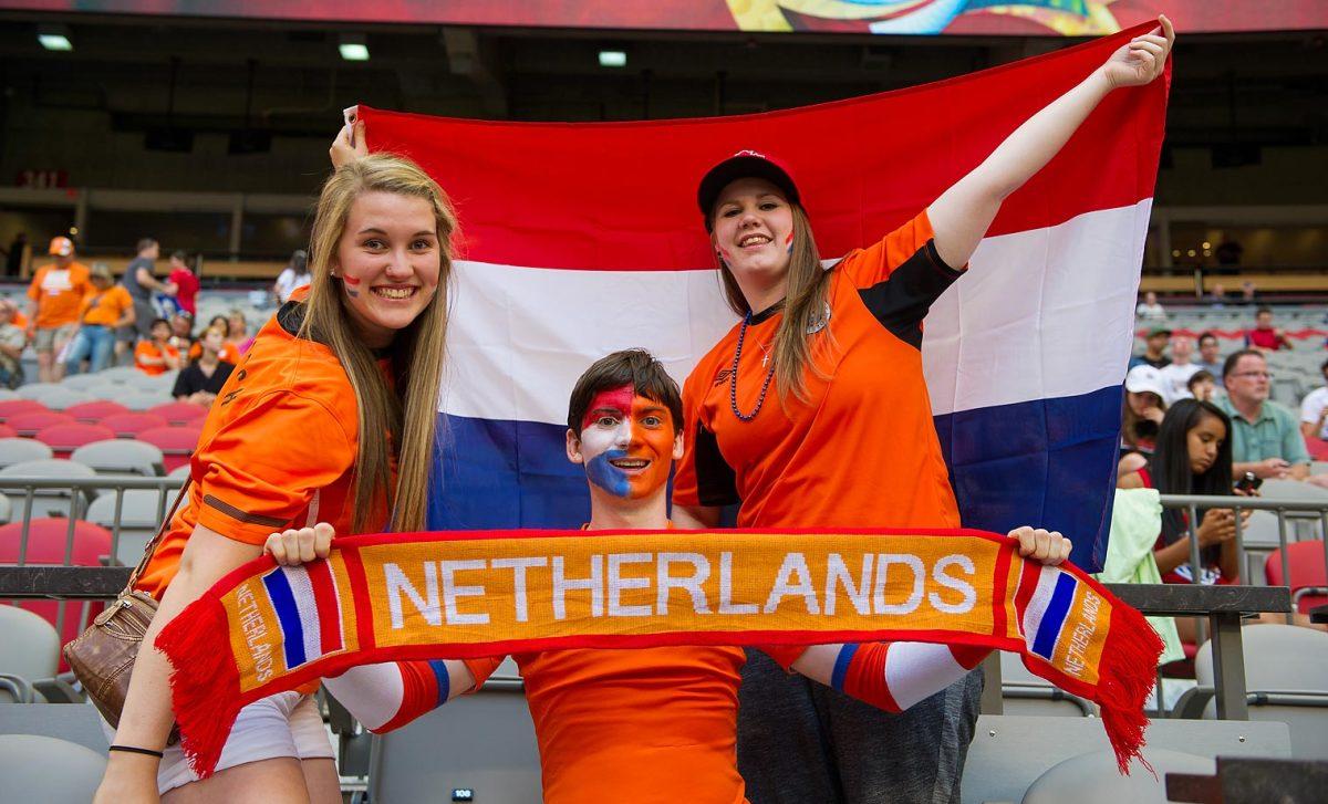 world-cup-fans-478217762_master.jpg
