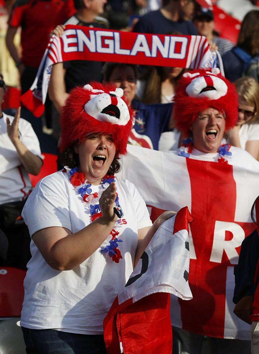 world-cup-fans-478126058_master.jpg