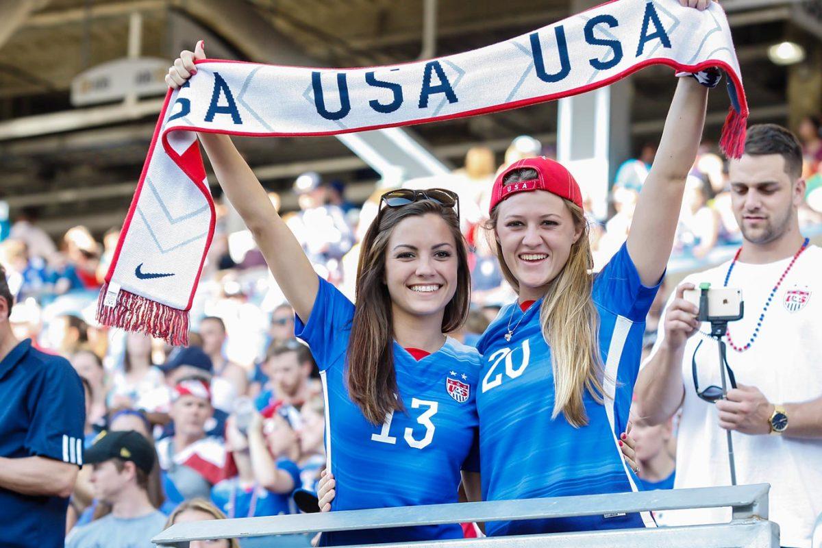 fans_569_USA_v_Sweden.jpg