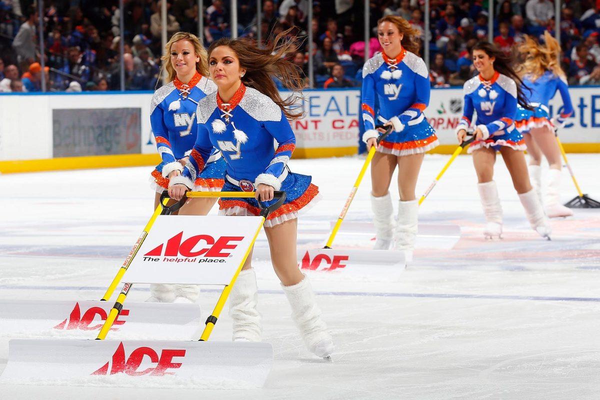 New-York-Islanders-Ice-Girls-459685476_10.jpg