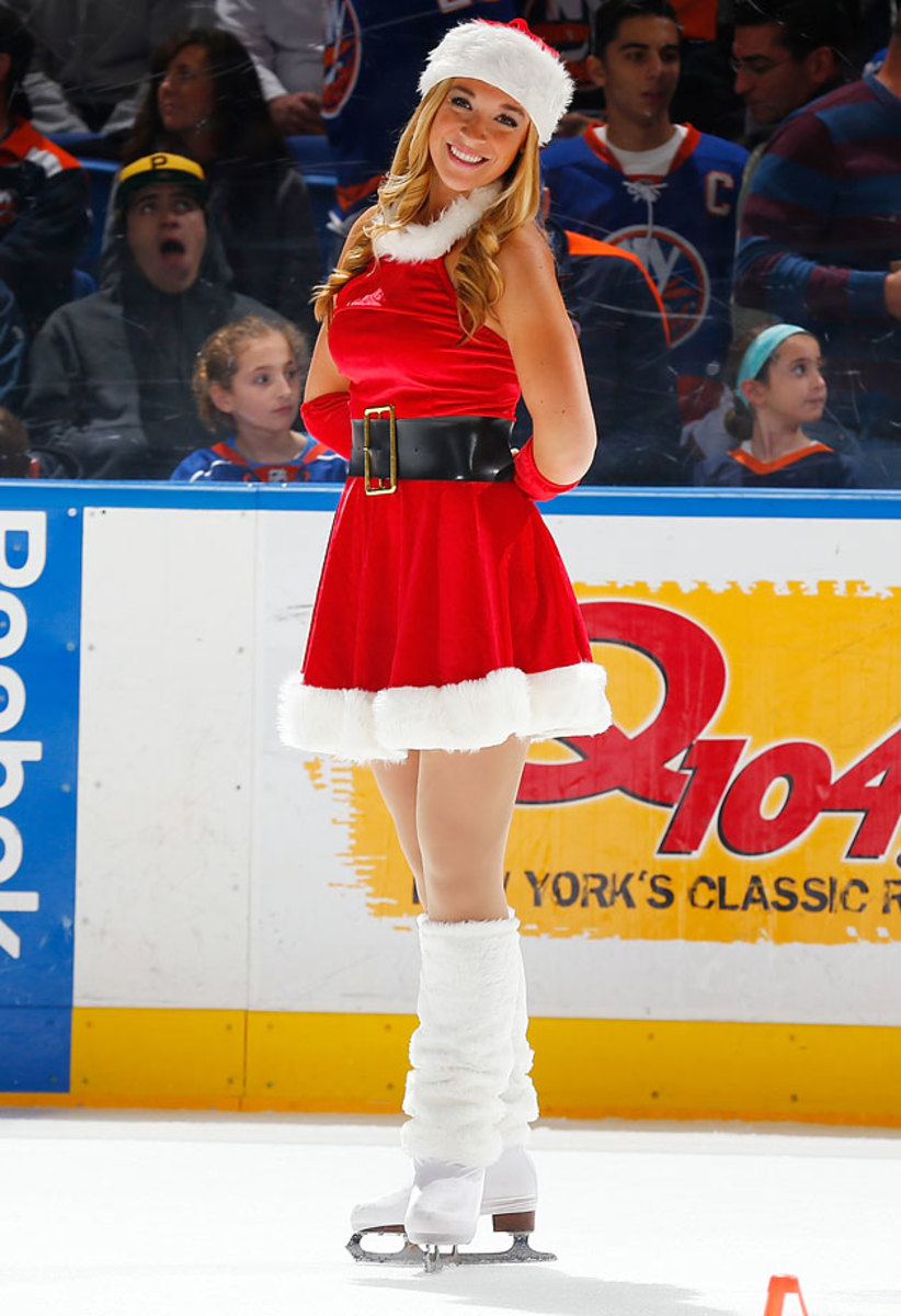 New-York-Islanders-Ice-Girls-460476630_10.jpg