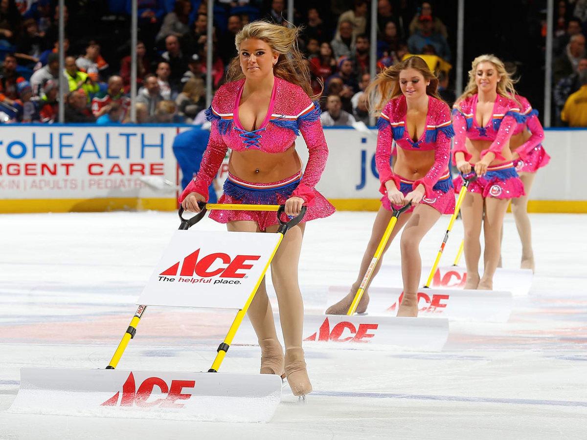 New-York-Islanders-Ice-Girls-459780806_10.jpg