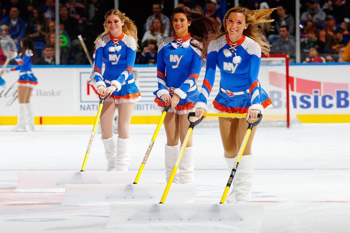 New-York-Islanders-Ice-Girls-458743368_10.jpg
