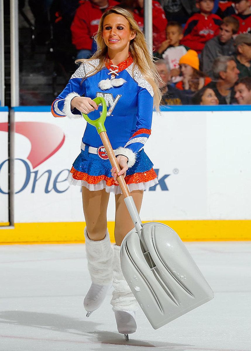 New-York-Islanders-Ice-Girls-459685482_10.jpg