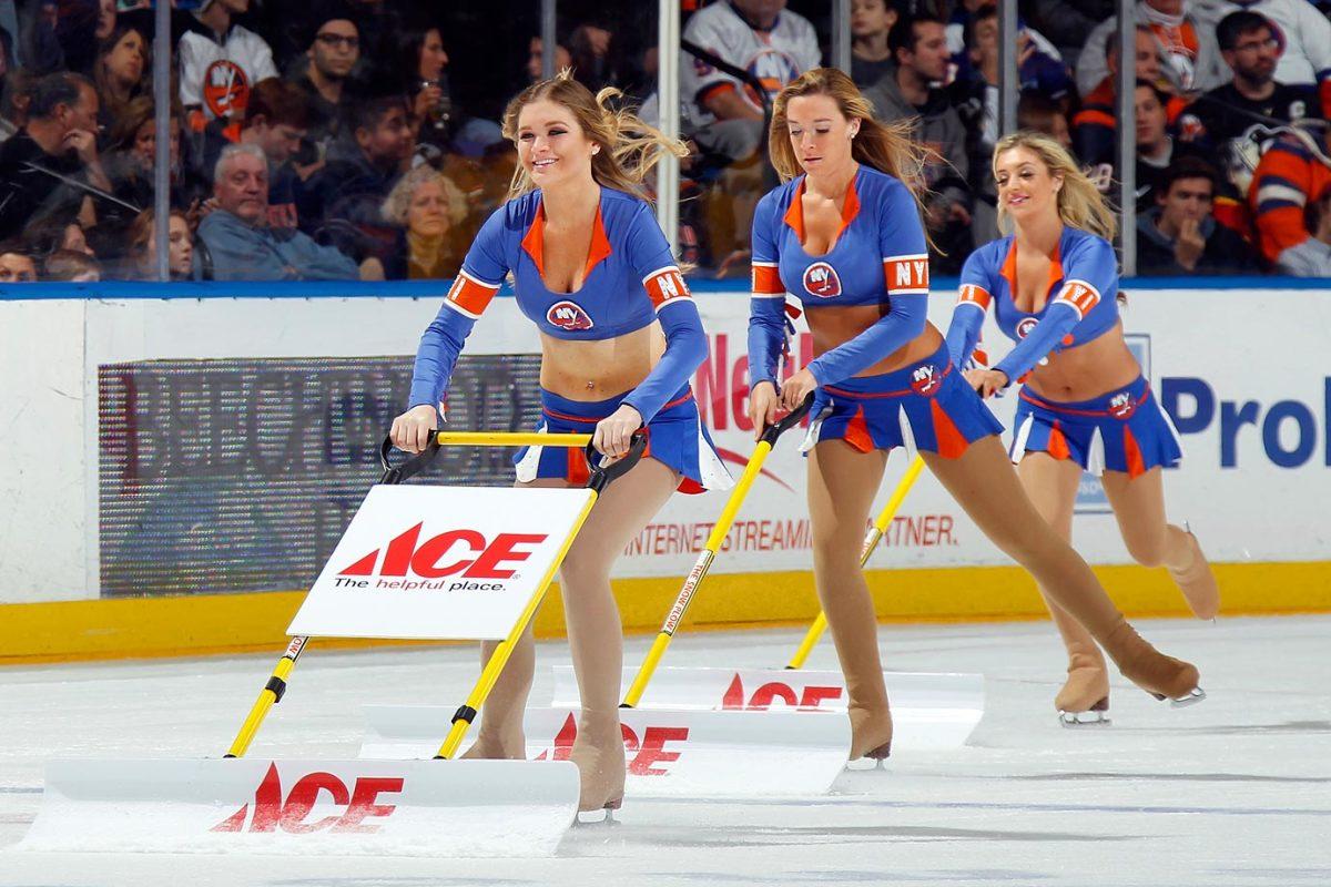 New-York-Islanders-Ice-Girls-459580804_10.jpg