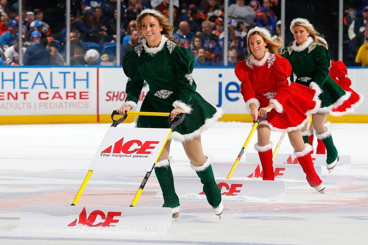 New-York-Islanders-Ice-Girls-460476610_10.jpg