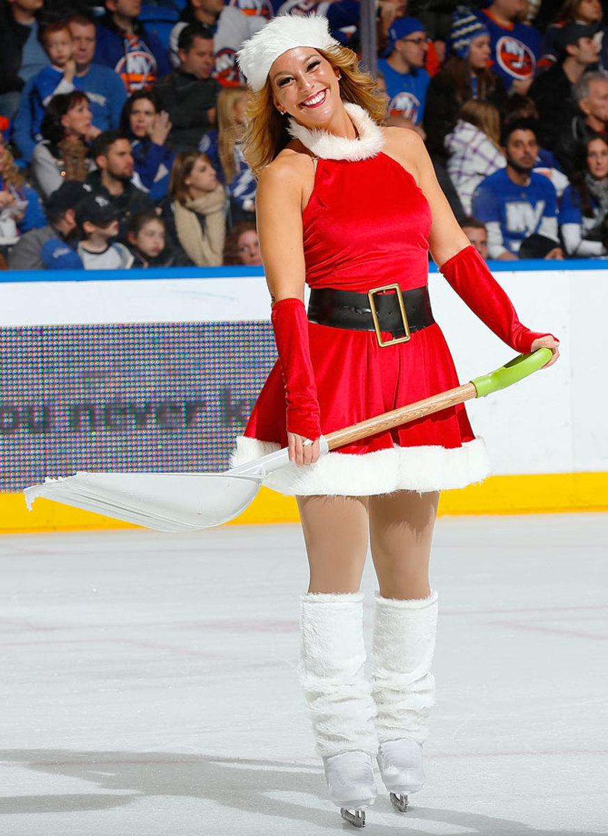 New-York-Islanders-Ice-Girls-460801444_10.jpg
