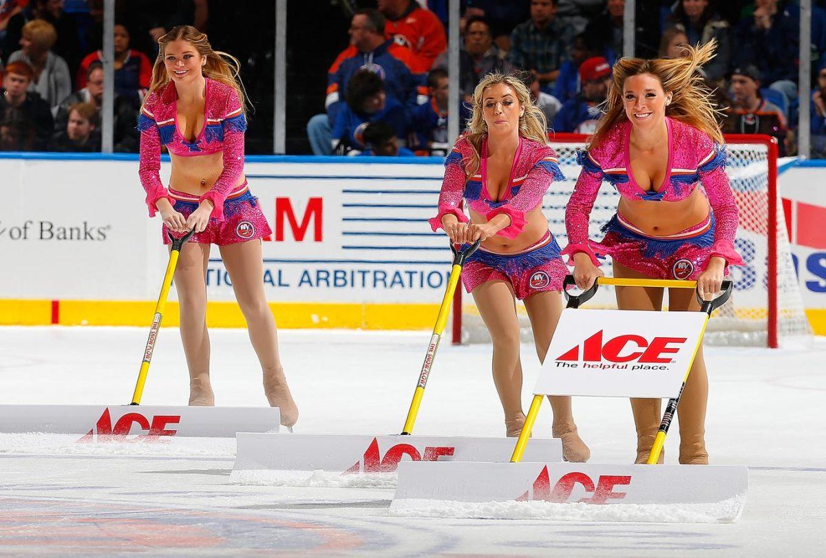 New-York-Islanders-Ice-Girls-459233286_10.jpg