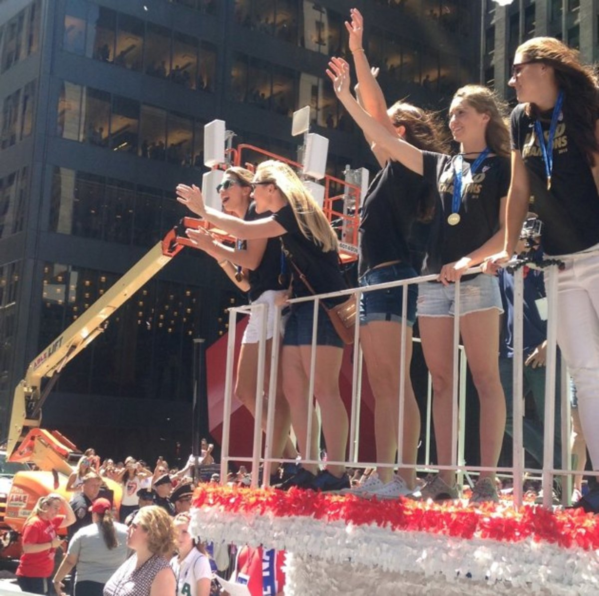 USWNT-parade-photos-2.jpg