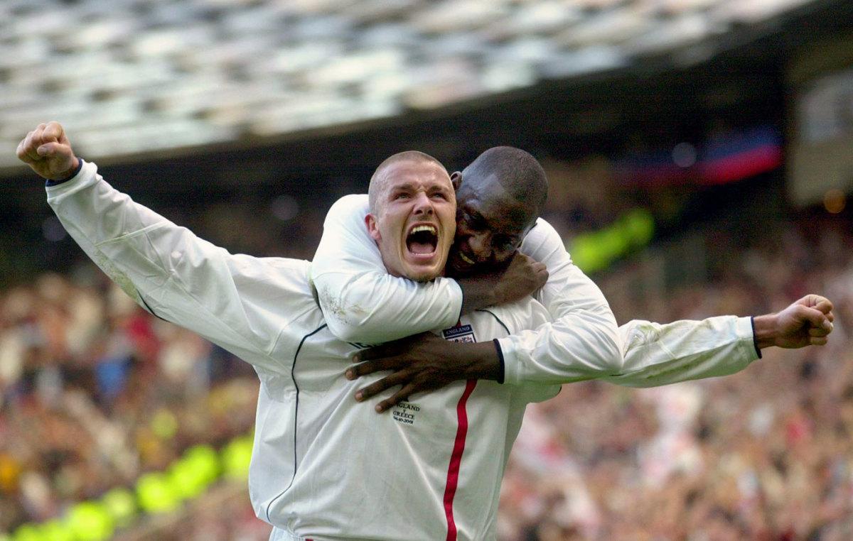 2001-David-Beckham-Emile-Heskey.jpg