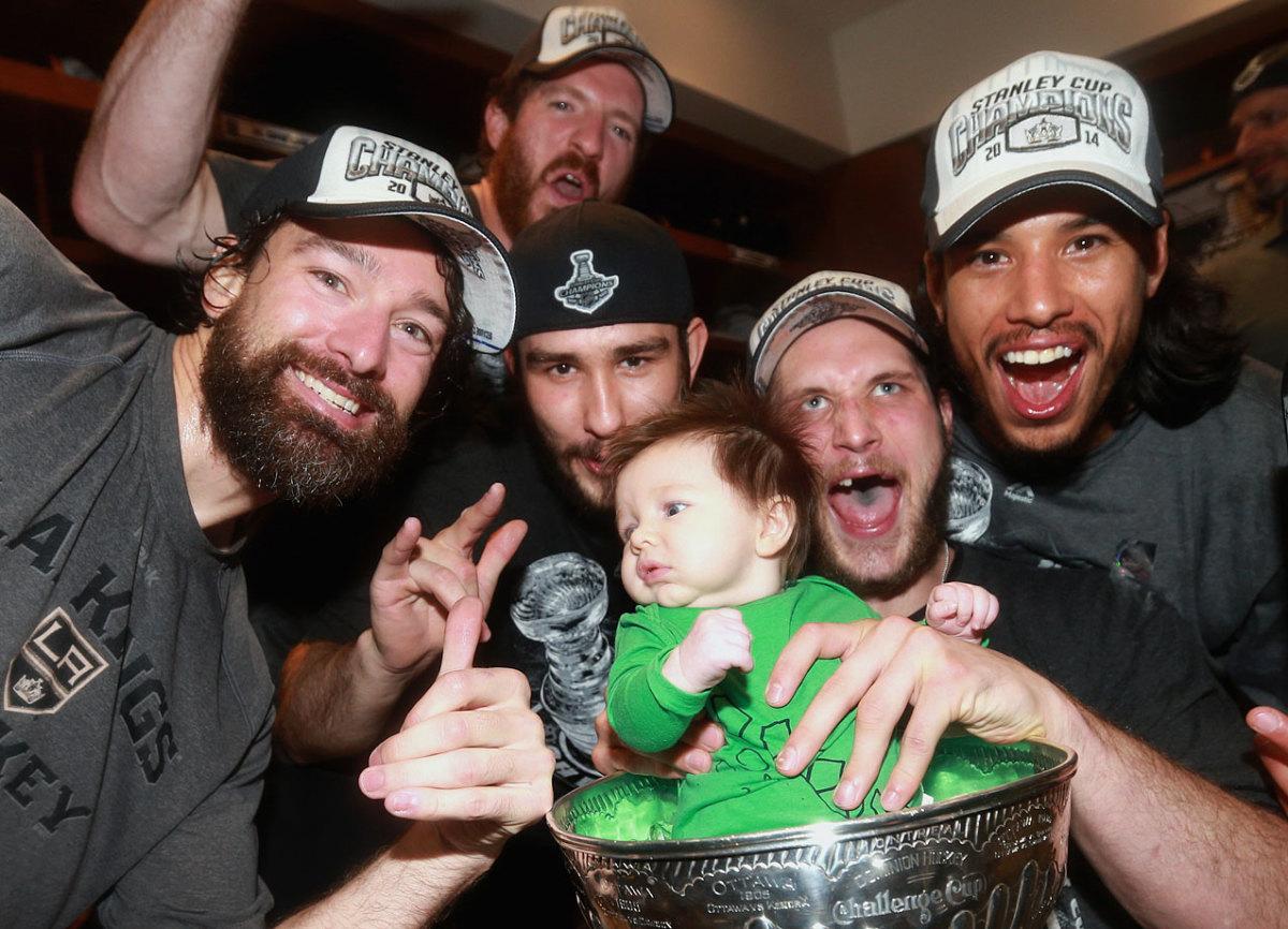2014-Kyle-Clifford-son-Brody-Stanley-Cup-Justin-Williams-Colin-Fraser-Slava-Voynov-Jordan-Nolan.jpg
