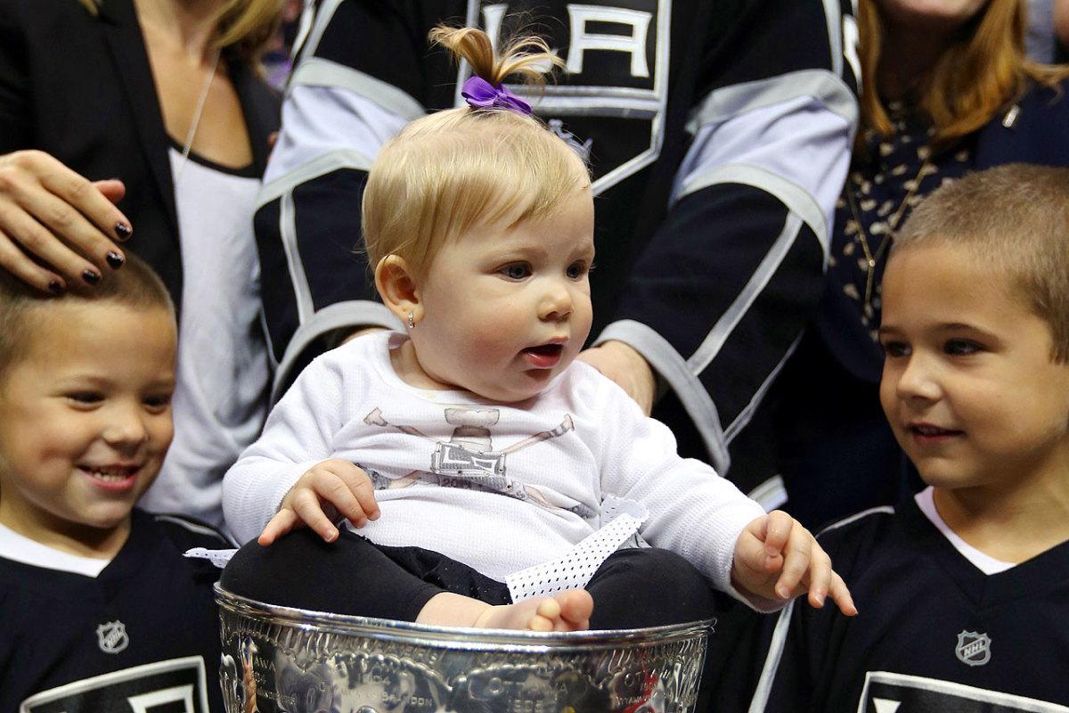 2014-Dustin-Brown-daughter-Mackenzie-Stanley-Cup.jpg