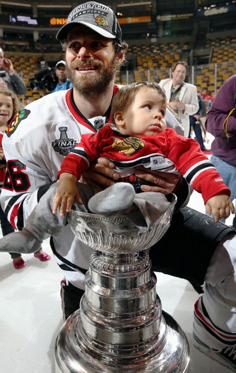 2013-Michal-Handzus-son-Tomas-Stanley-Cup.jpg